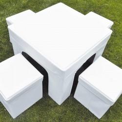 Conjunto de mesa y puffs plegables SUIT